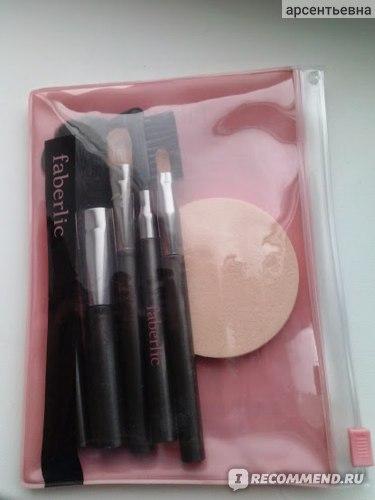 Набор кистей для макияжа Faberlic Компактный  фото