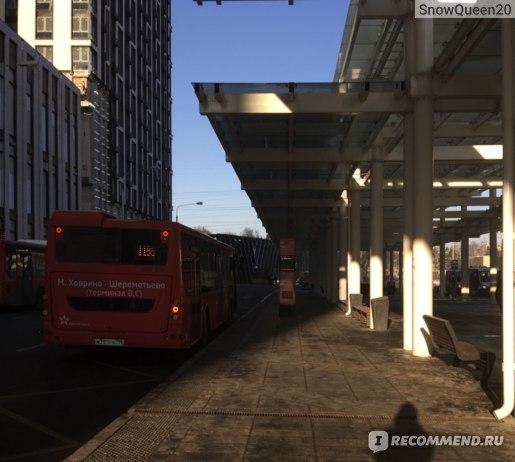 автобусная остановка у м. Ховрино