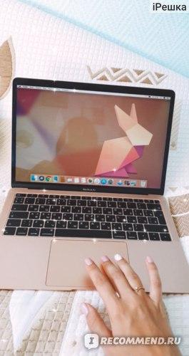 Ноутбук Apple MacBook Air 13 i5 1,6/8Gb/128GB SSD Gold (MVFM2) фото