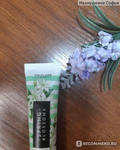 Крем для рук Oriflame Spring Blossoms фото