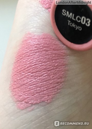 Жидкая губная помада NYX Professional Makeup Soft Matte Lip Cream фото