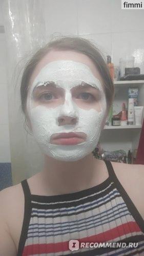 3-в-1 Гель-скраб-маска Garnier Чистая кожа фото