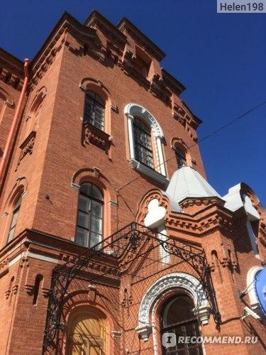 Морская академия им. Макаров единственное красивое здание на Косой линии