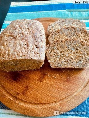 Тесто для хлеба приготовлен с помощью насадки для теста (крюк)