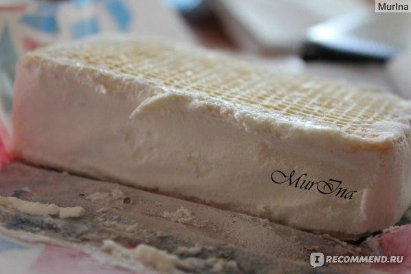Мороженое Росфрост Брикет вафельный Настоящий пломбир 20% 80г фото