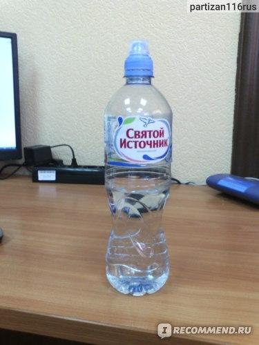 Минеральная вода Святой Источник  фото