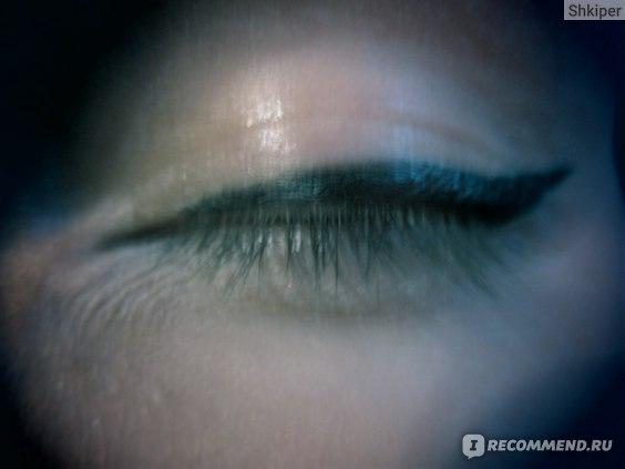 Жидкая подводка для глаз Avon МегаЭффект фото
