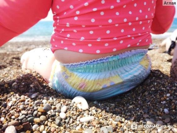 Подгузники-трусики Pampers Splashers фото