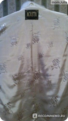 белая норковая шуба фирмы Acasta  Барс подклад