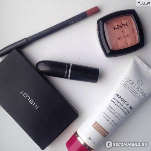 Губная помада MAC Matte Lipstick фото