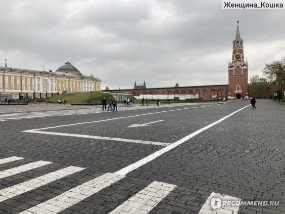 Внутри Кремля.