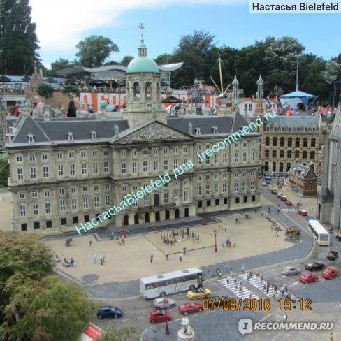 Королевский дворец в г. Амстердам