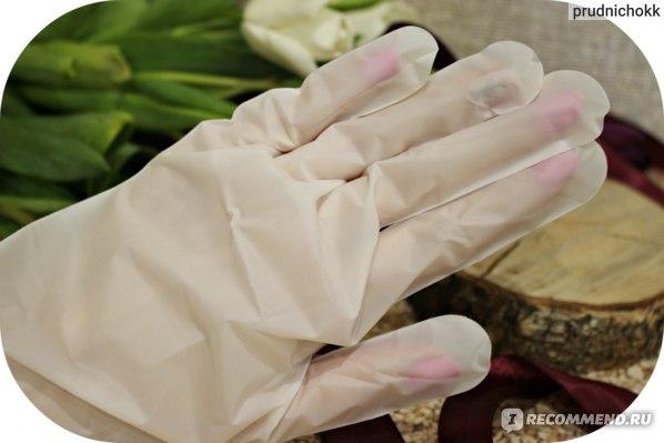 отличные перчатки в комплекте