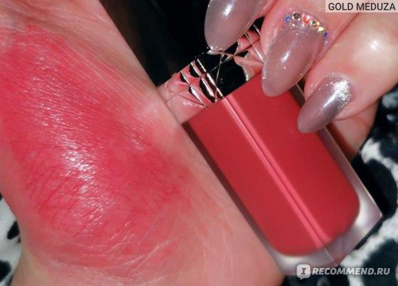 Жидкая матовая помада Dior Forever Rouge Liquid Matte Lipstick  фото