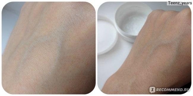 """Крем для ног  Avon Foot Works с силиконом """"Виртуальные носочки"""" фото"""