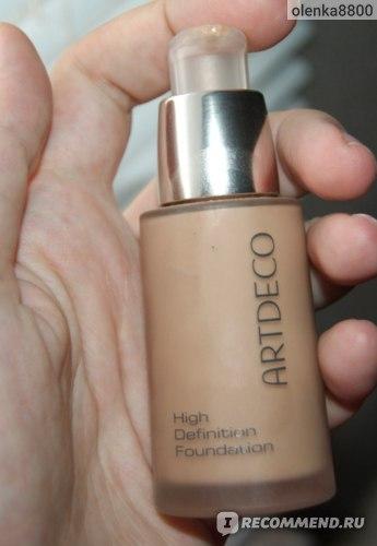 Тональный крем ArtDeco High definition foundation  фото
