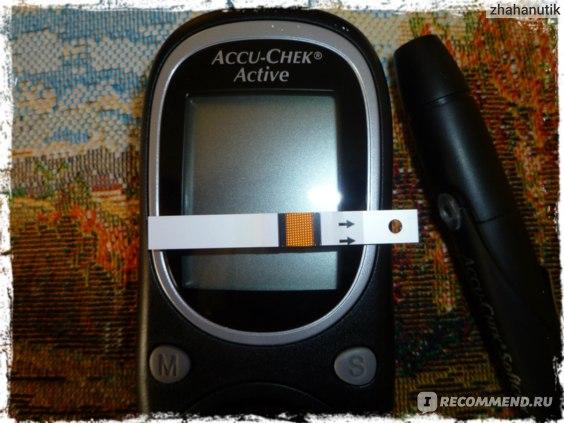Глюкометр Roche Accu-Chek Active фото