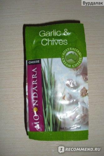 Сыр деликатесный Moondarra с чесночком и зеленым лучком фото