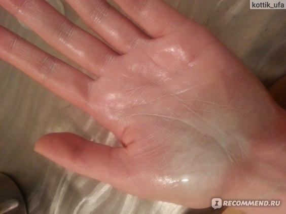 Распыление на кожу рук