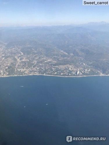Вид из самолета на Адлер