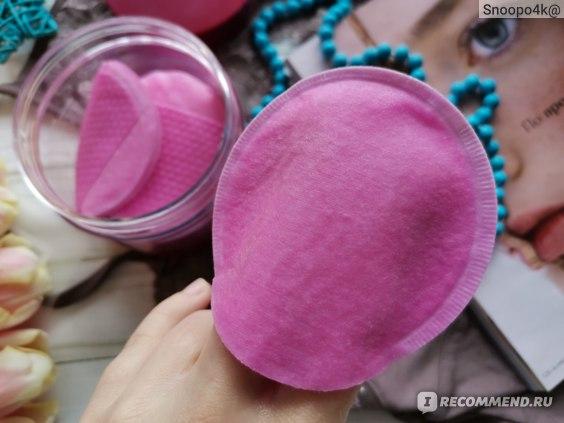 Очищающие винные пилинг-пэды Elizavecca Hell-Pore Perfect Wine Sparkling Peeling Pad фото