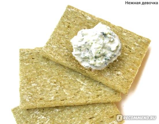С творожным сыром с зеленью Hohland