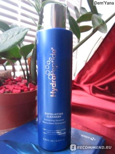 Очищающее средство HydroPeptide Exfoliating Cleanser фото