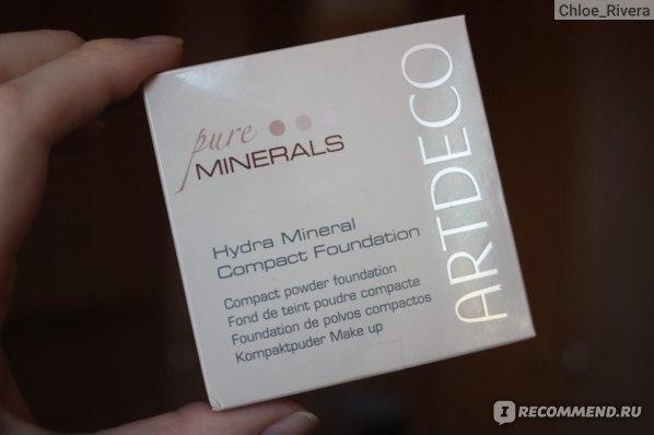 Пудра-основа под макияж ArtDeco Hydra Mineral Compact Foundation (минеральная пудра-основа) фото