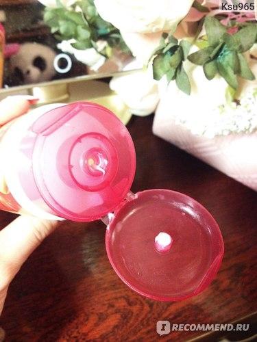 Йогуртовое молочко для тела Clever company активное питание для нормальной и склонной к сухости кожи. фото