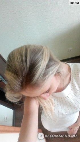 Окрашивание волос по технике Dim Out (затемнение корней) фото