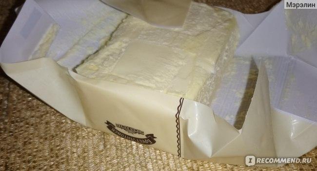 """Масло сливочное Савушкин продукт  """"Брест-Литовск"""", сладко-сливочное, несоленое, 82,5%, Высший сорт. фото"""