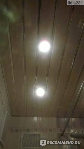 Алюминиевый реечный подвесной потолок  фото