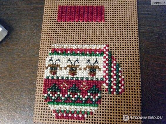 Набор для вышивания Mill Hill Charmed Mitten Ornament фото