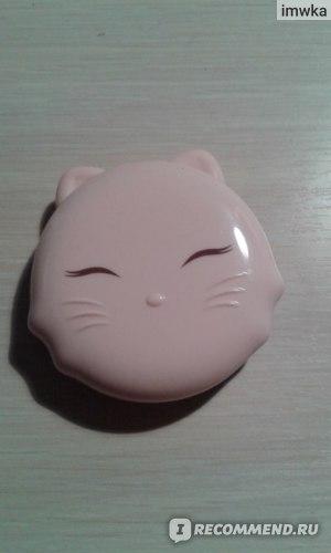 Компактная пудра TONY MOLY Cats Wink Clear Pact фото