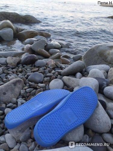 Тапочки для купания Небосой Аквашузы фото