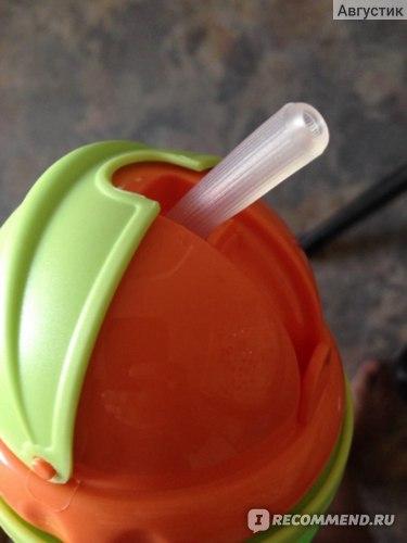 трубочка резиновая вверху и пластмасовая в самой бутылочке