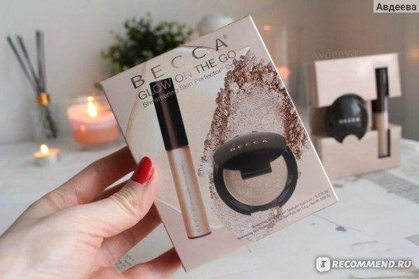 Хайлайтер Becca Shimmering Skin Perfector Spotlight в оттенке №4 Opal