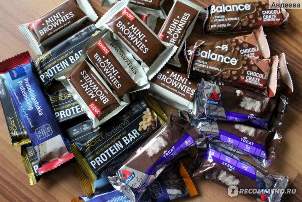 Спортивное питание для похудения  (в батончиках много белка, мало жира, и все калории уже подсчитаны за вас, что очень удобно)