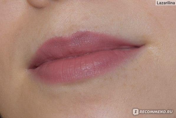 Матовая помада для губ NYX Professional Makeup Lip Lingerie Push-Up Long-Lasting Lipstick фото
