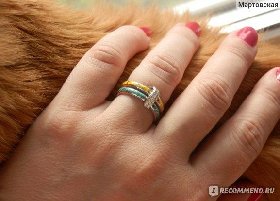 кольцо и фрагмент котэ :)