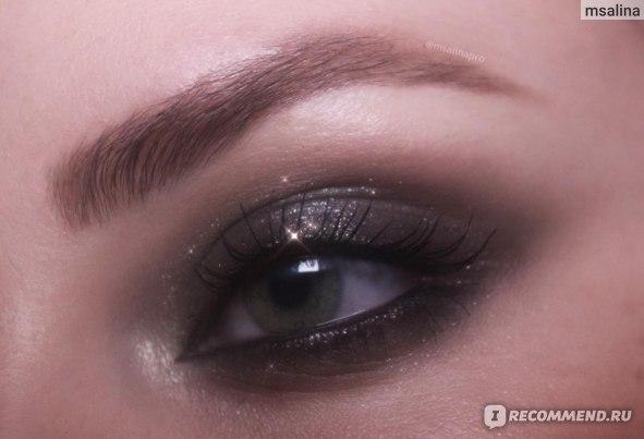 Кремовые тени  для век Victoria Beckham Lid Luster  фото
