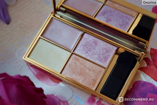 Палетка хайлайтеров Sleek MakeUP highlighting palette Solstice фото