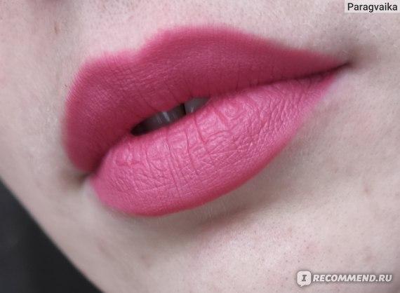 Матовая губная помада L'Oreal Paris Color Riche MatteAddiction