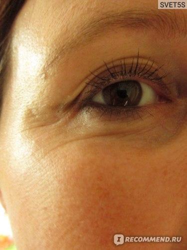 """Крем для кожи вокруг глаз Белита-Витэкс """"Обольстительный взгляд"""" Royal Iris. Бархатный соблазн фото"""