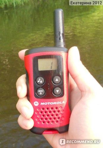 Рация Motorola TLKR T40 фото