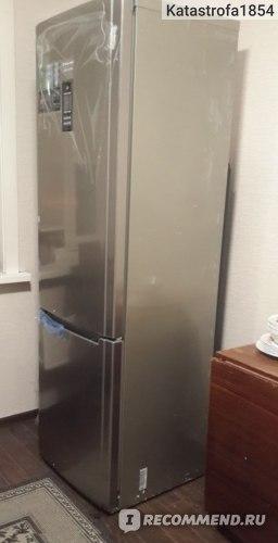 Двухкамерный холодильник Hotpoint-Ariston ECFD2013XL фото