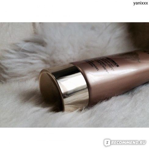 Термозащитное средство L'Oreal Professionnel Mythic Oil Seve Protectrice  фото