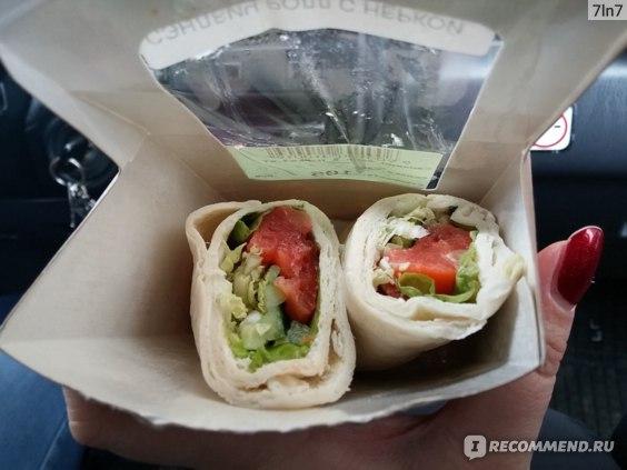 Сендвич - ролл ВкусВилл / Избёнка с неркой фото