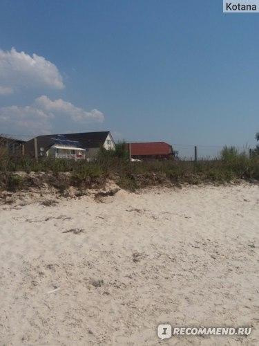 Железный Порт, дикий пляж