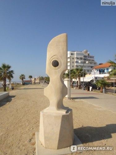 Кипр. Ларнака. фото